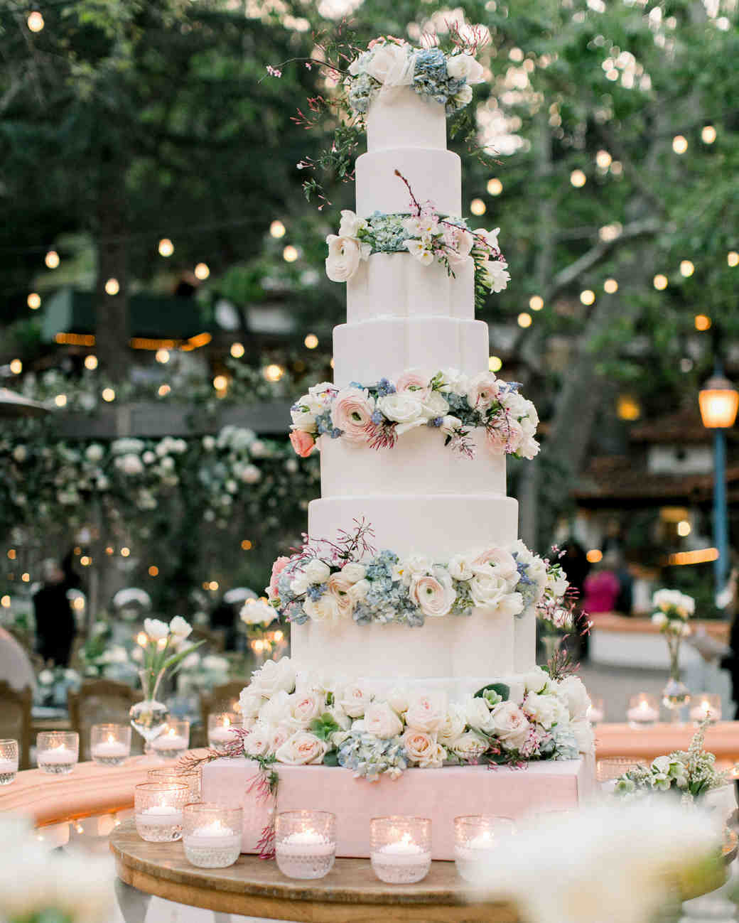 cakes with floral tiers bloom-filled color palette