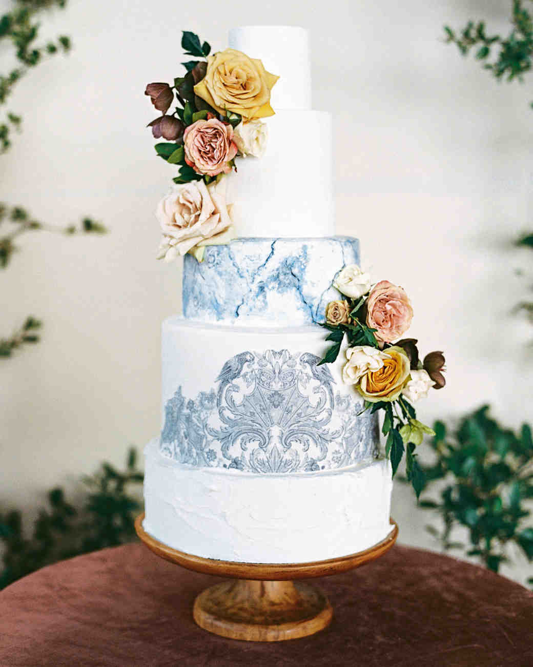 charla jesse wedding cake with blue detail