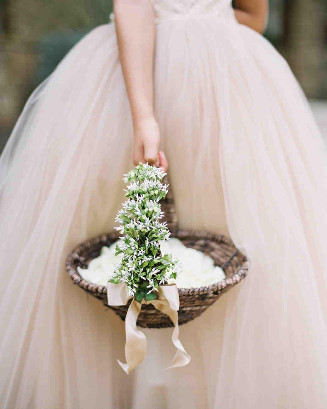 Flower Girl Baskets For Weddings: The Best Flower Girl Baskets From Real Weddings