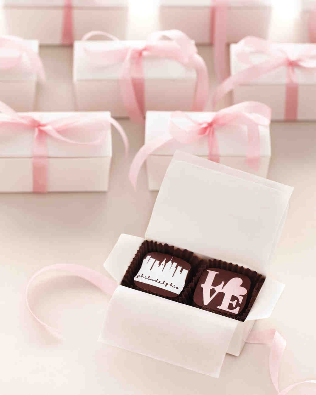 26 Chocolate Wedding Favors That Are Too Sweet To Pass Up Martha