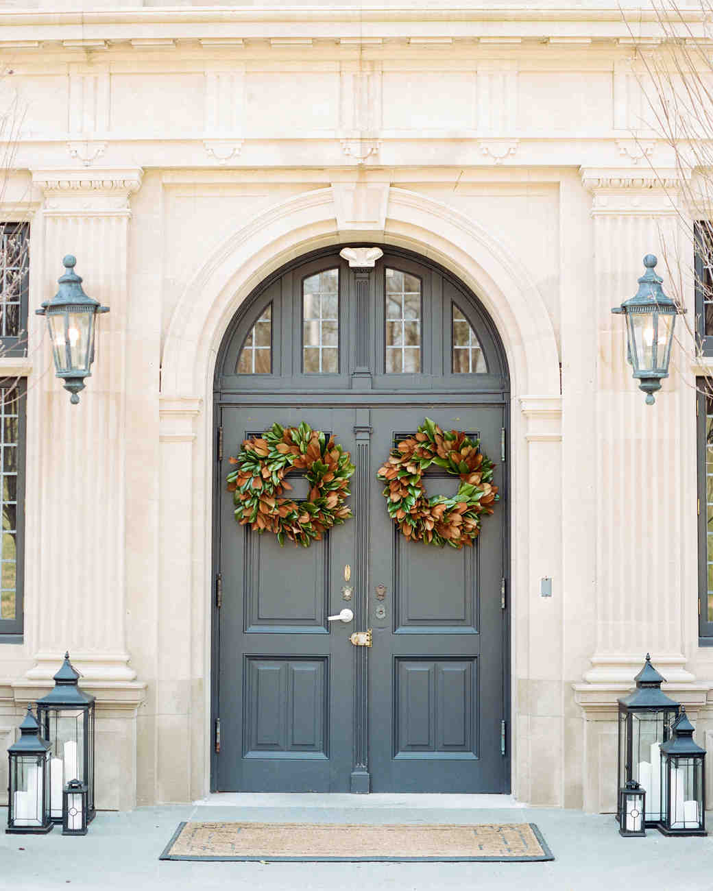 kelly drew new jersey wedding door wreaths