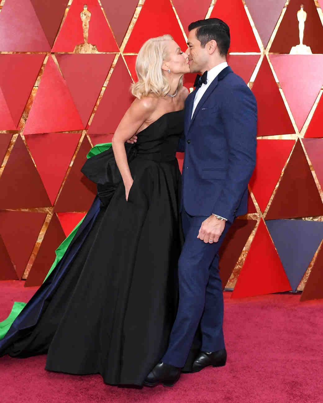 Kelly Ripa and Mark Consuelos 2018 Oscars