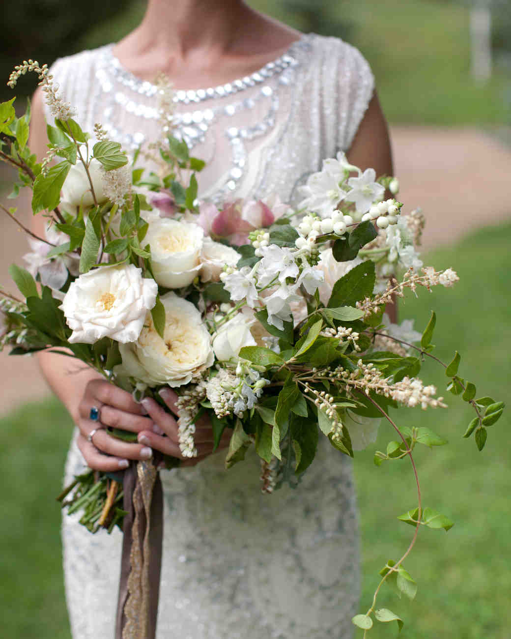 lizzy-pat-wedding-bouquet-051-s111777-0115.jpg