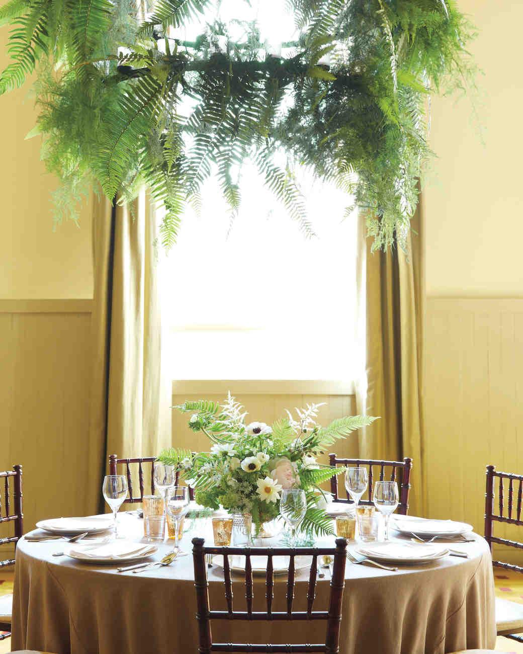 meaghan-conrad-fern-wreaths-0461-mwd109593.jpg