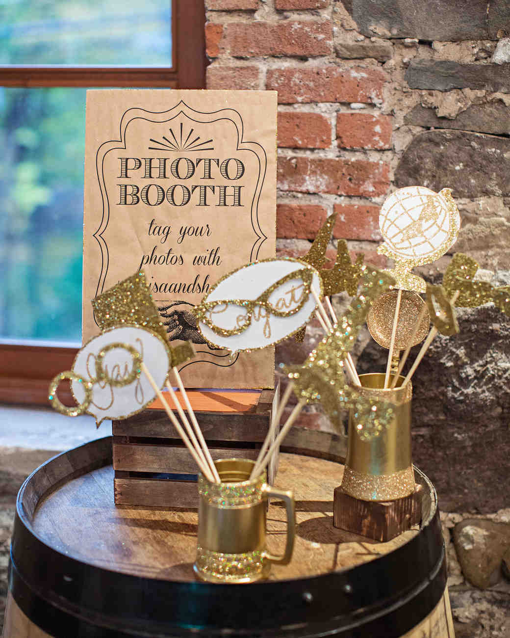 photo booth props gold glitter bubbles glasses
