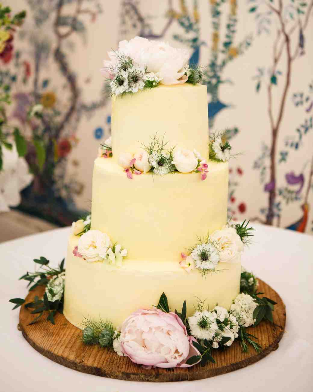 30 Romantic Wedding Cakes | Martha Stewart Weddings