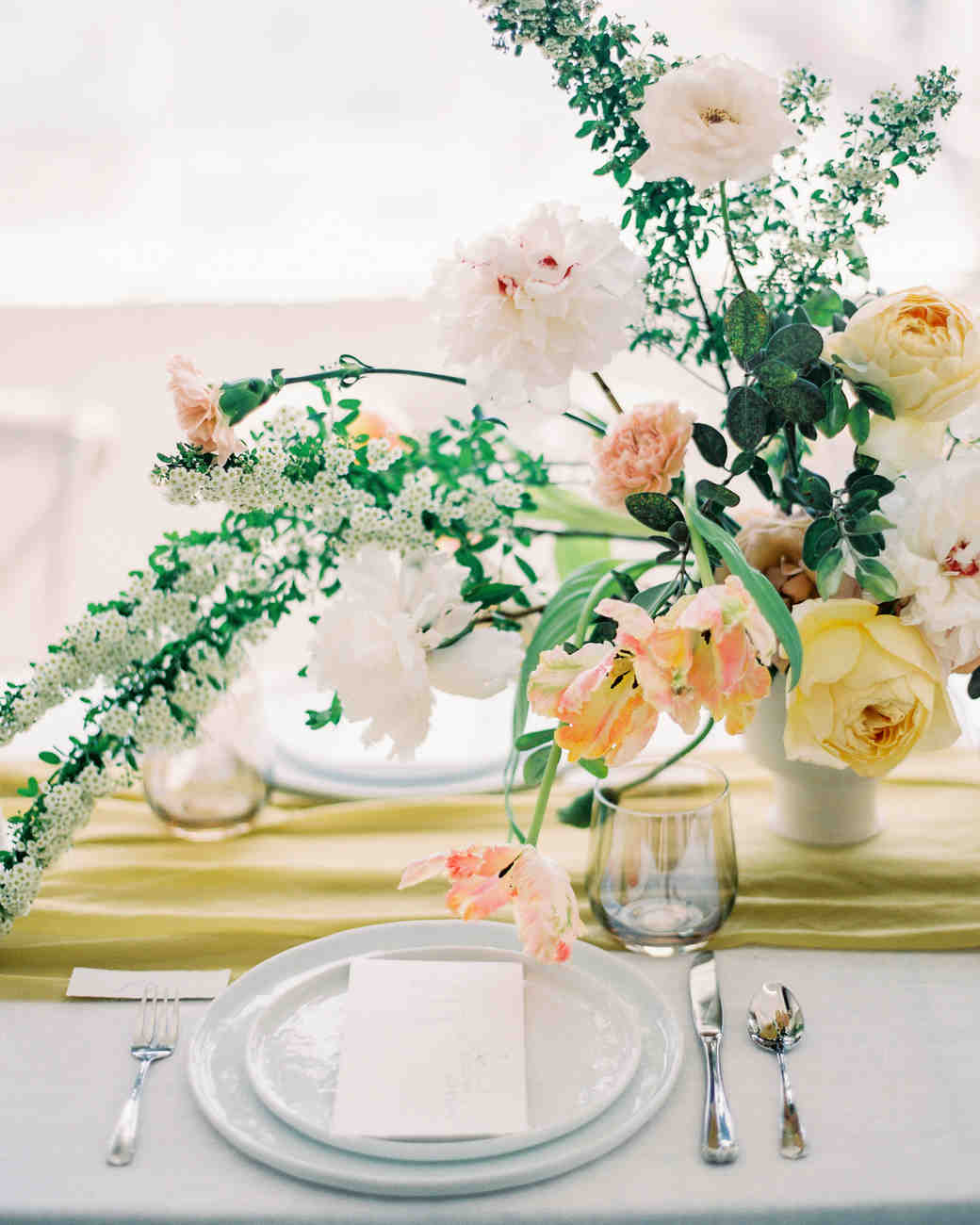 summer wedding floral bouquet centerpieces