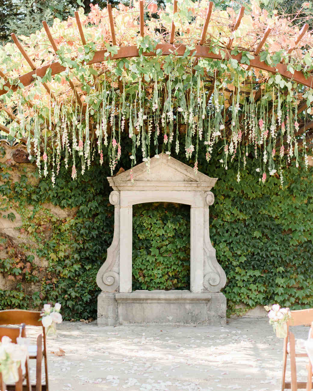 20 Summer Wedding Ceremony Ideas You And Your Guests Can