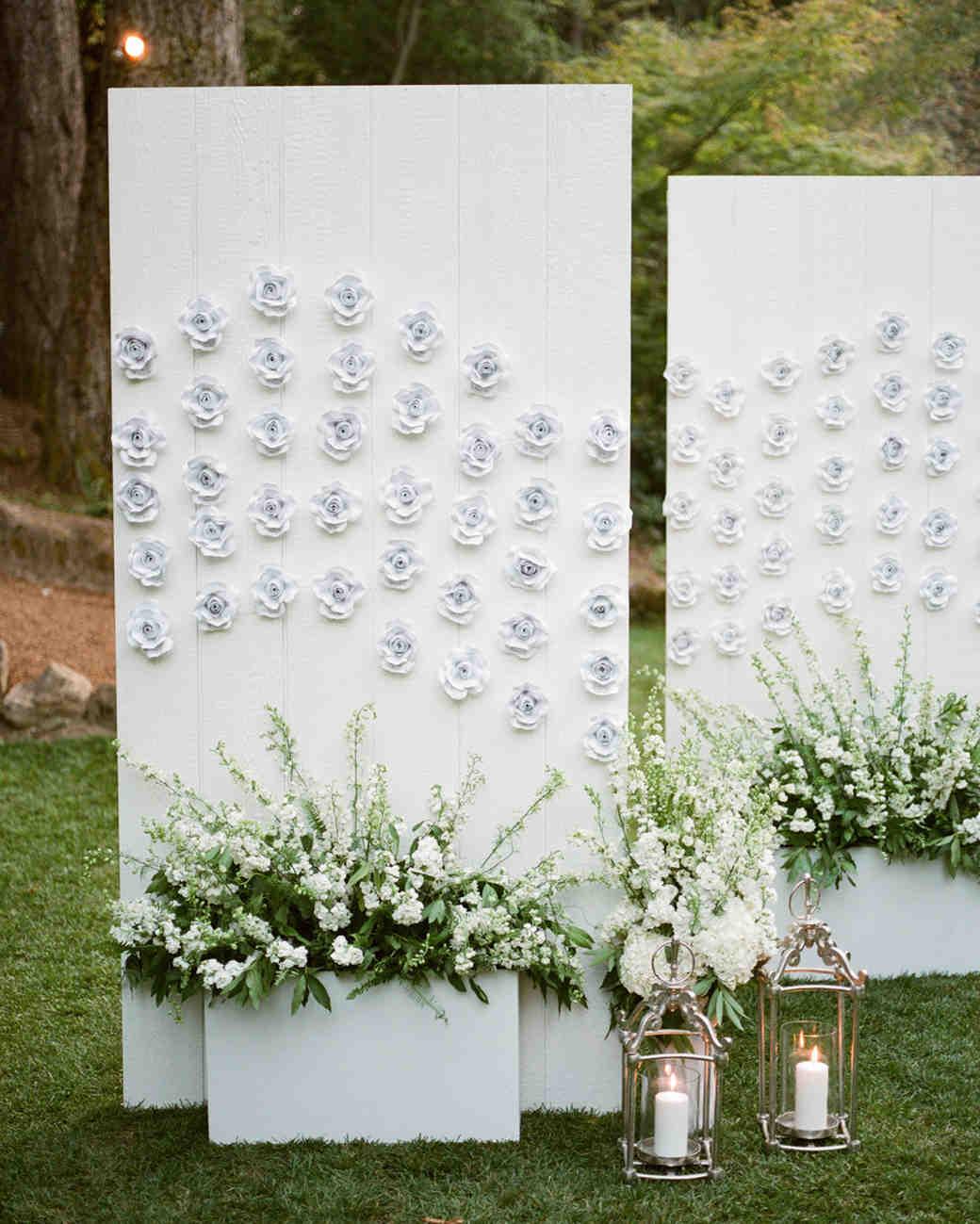 floral seating display