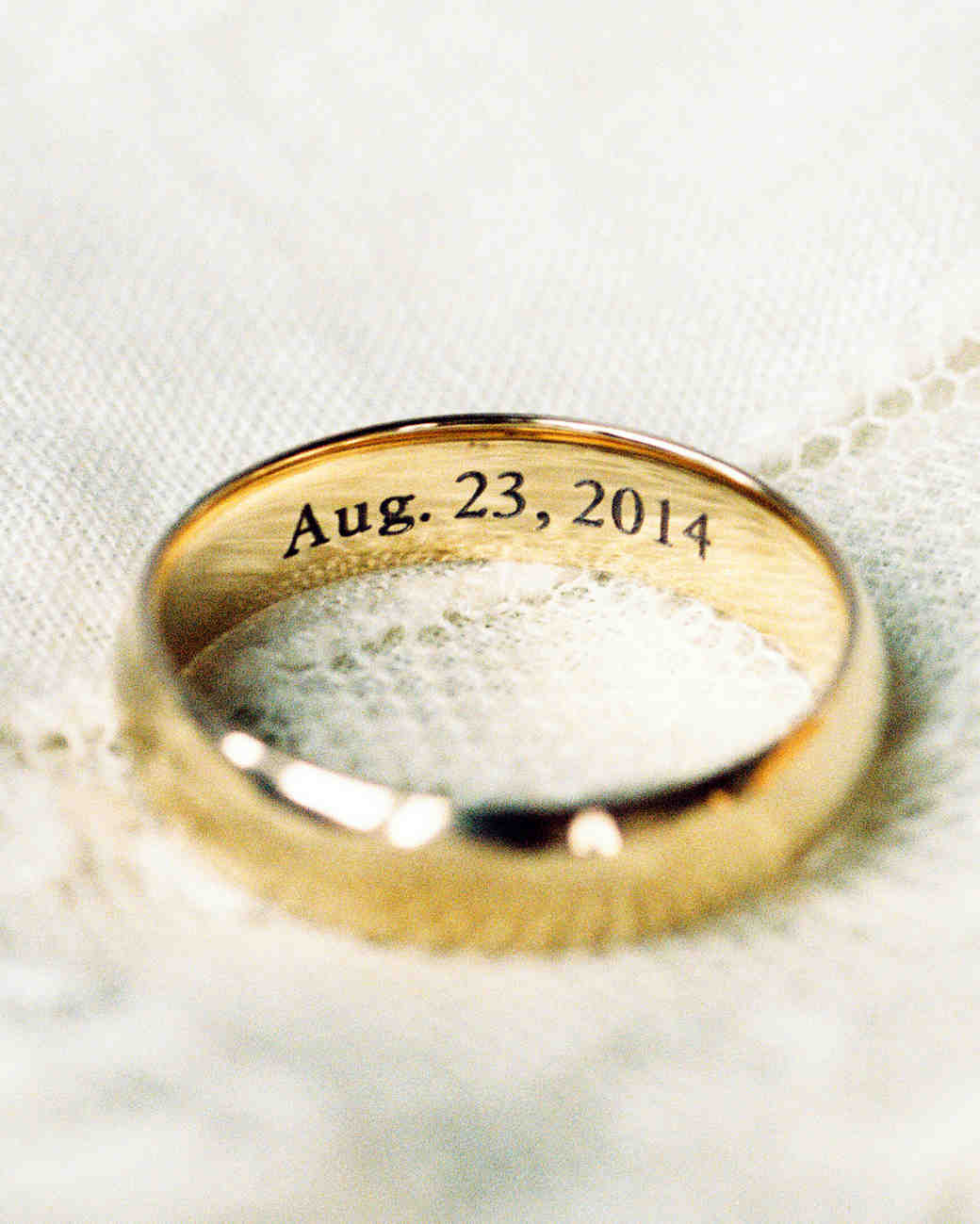 What Your Wedding Band Says About You Martha Stewart Weddings