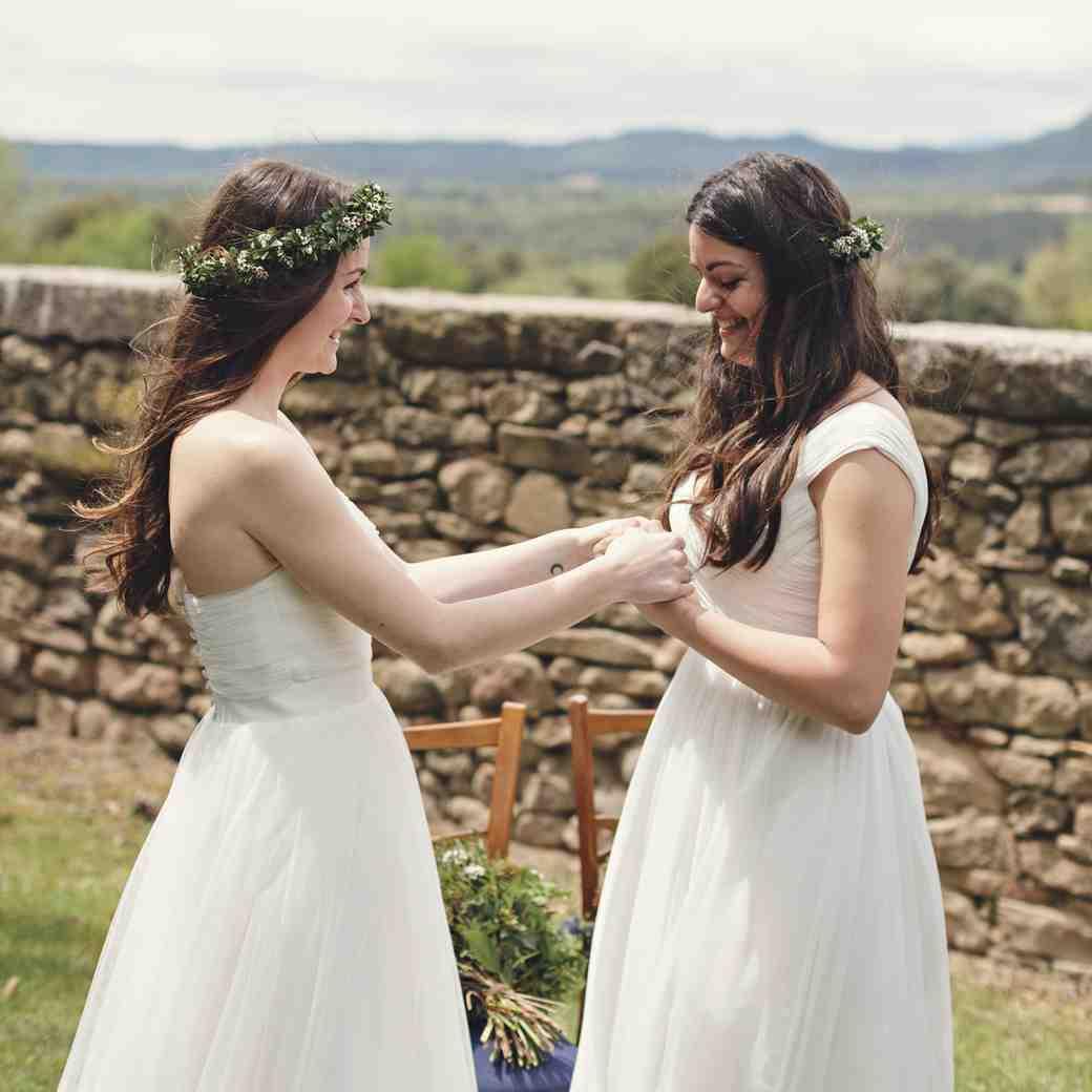 Ideas for Writing Same-Sex Wedding Vows