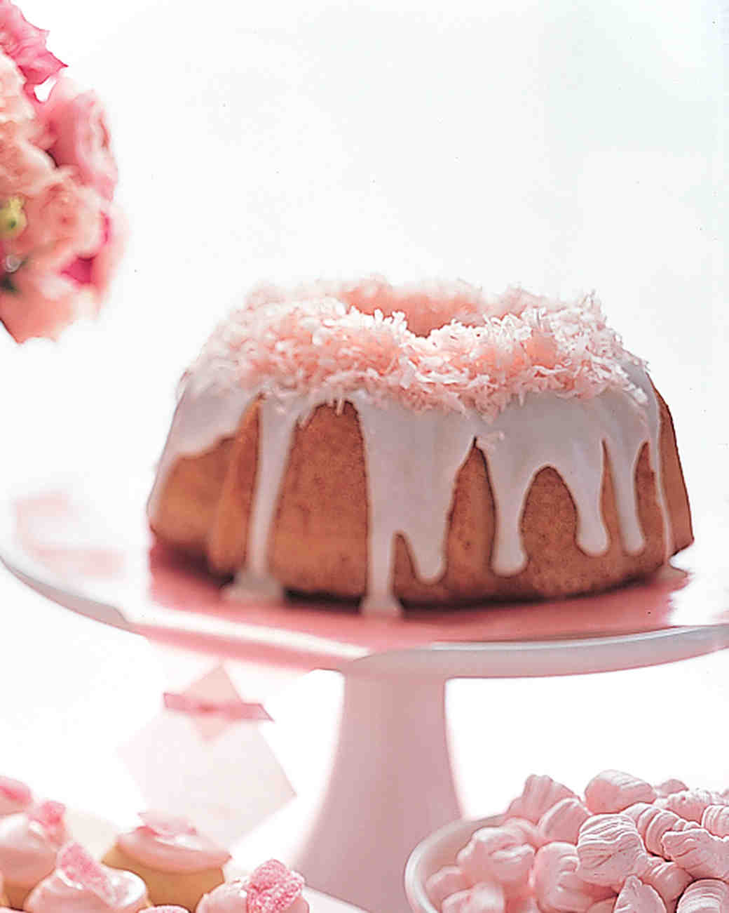 bridal-shower-cakes-pink-coconut-bundt-0814.jpg