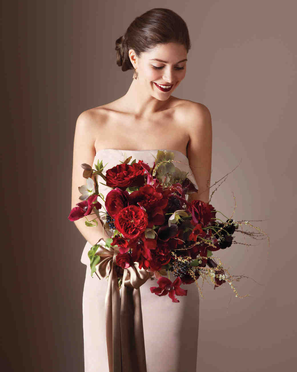 Wine and Greige Is a Color Combination That Can Make Wedding-Day ...