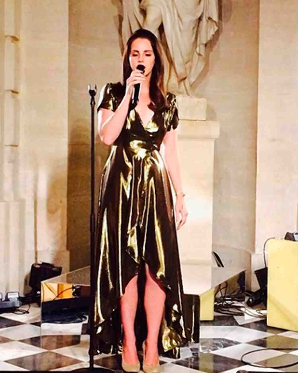 celebrity-wedding-singers-lana-del-rey-1215.jpg