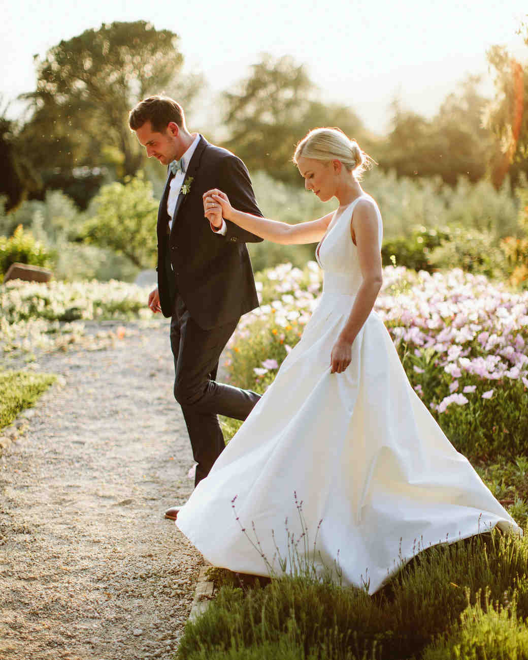 An Outdoor Spring Wedding In Ojai California Martha Stewart Weddings