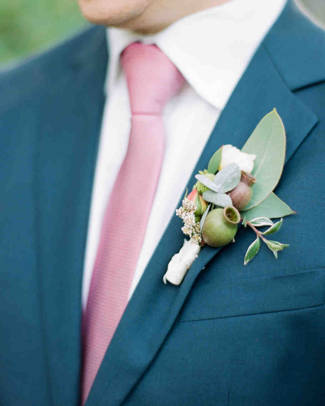 unique boutonniere