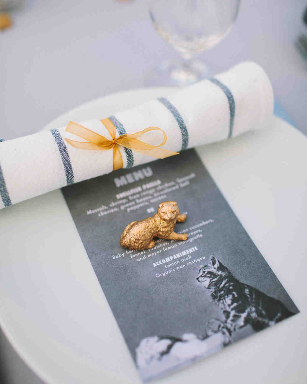 cat menu and trinket