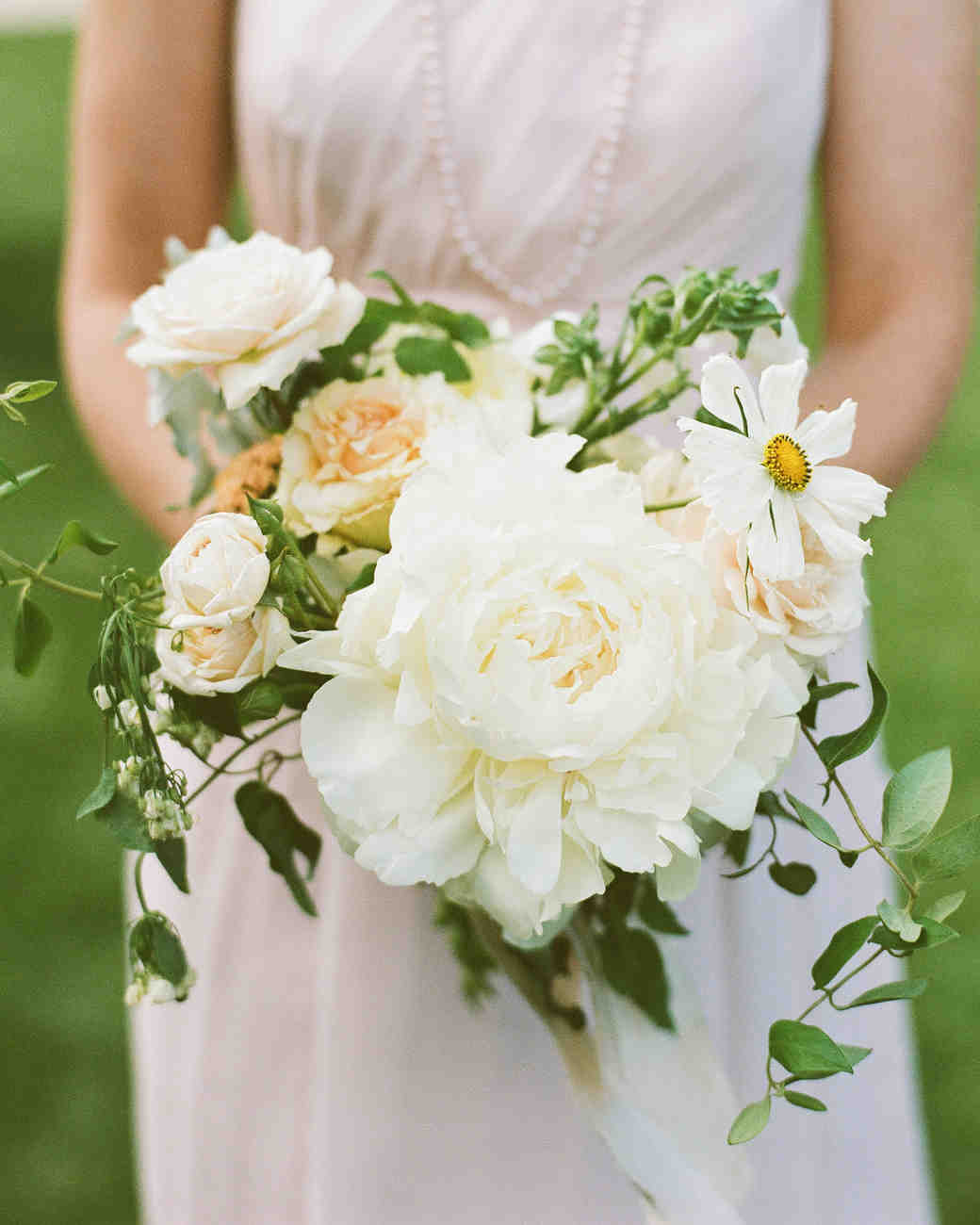 38 ideas for your bridesmaids 39 bouquets martha stewart for Wedding flowers ideas pictures