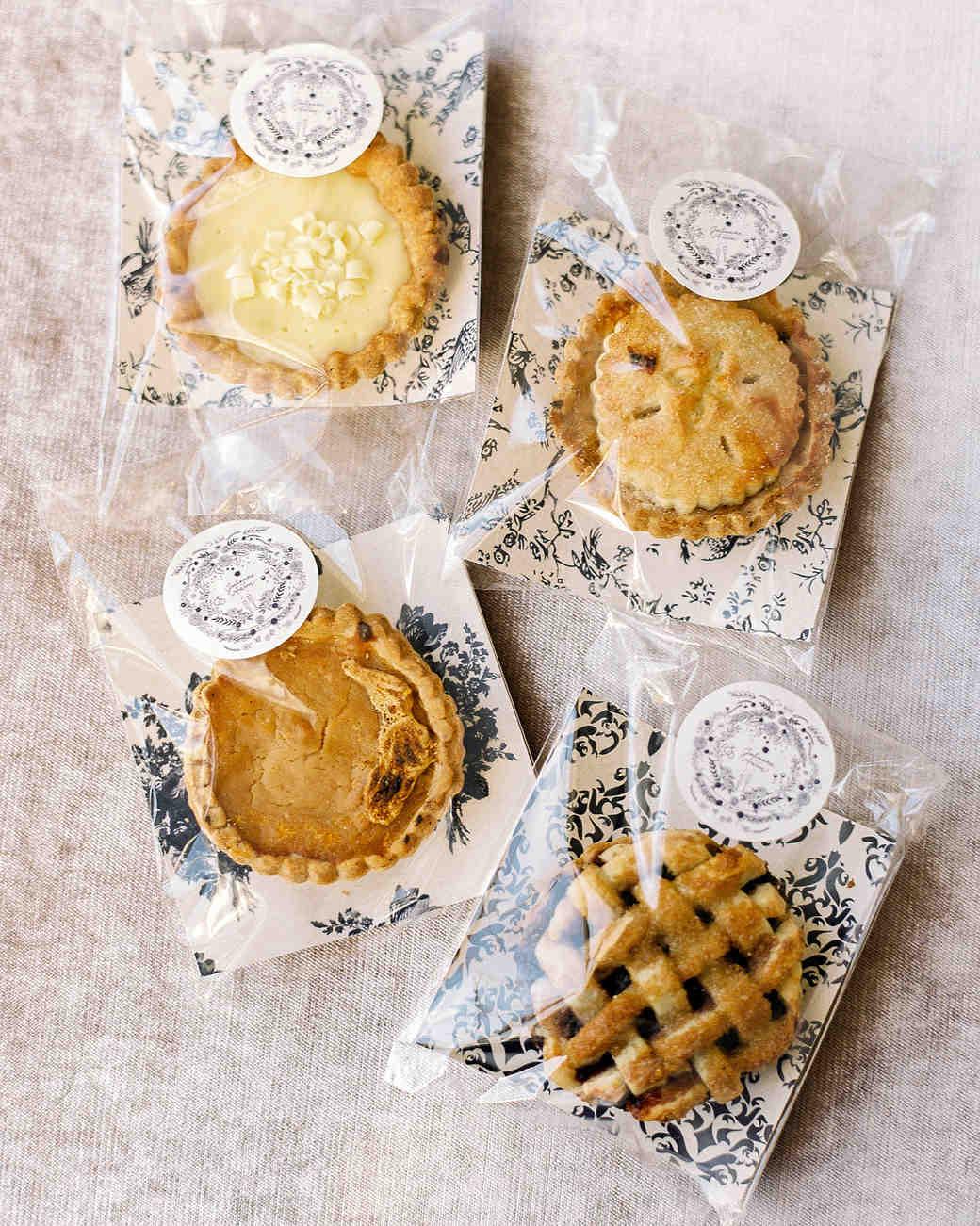 julianne aaron wedding pies