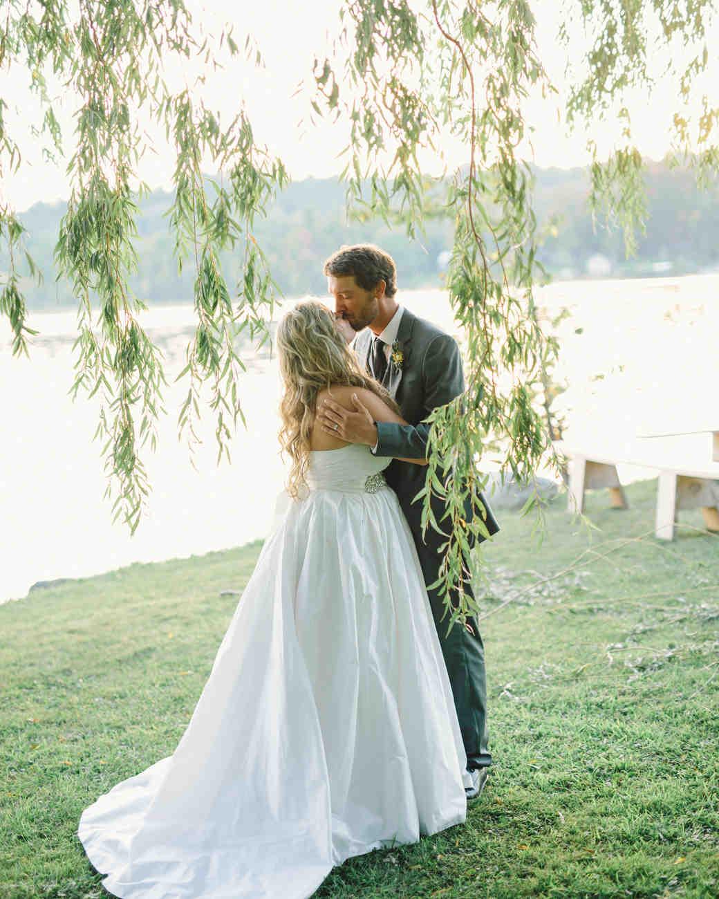 lizzy-bucky-wedding-couple-503-s111857-0315.jpg