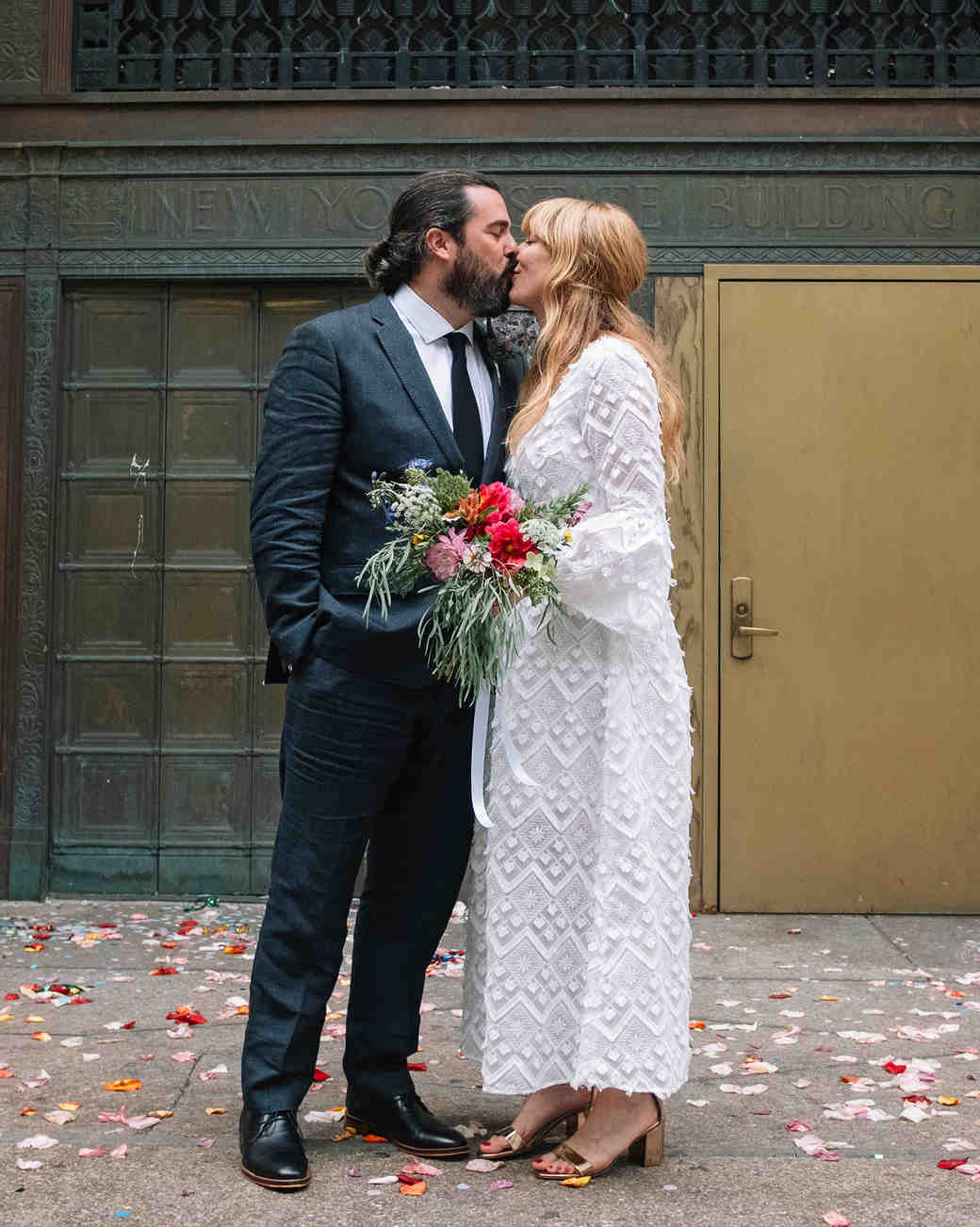 morgan jon paul wedding couple kissing