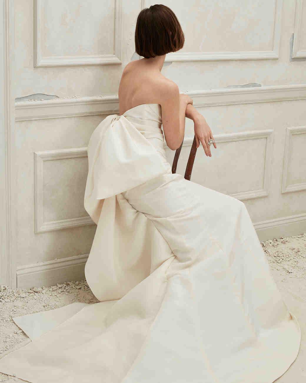 7b6537985bd Oscar de la Renta Fall 2019 Wedding Dress Collection