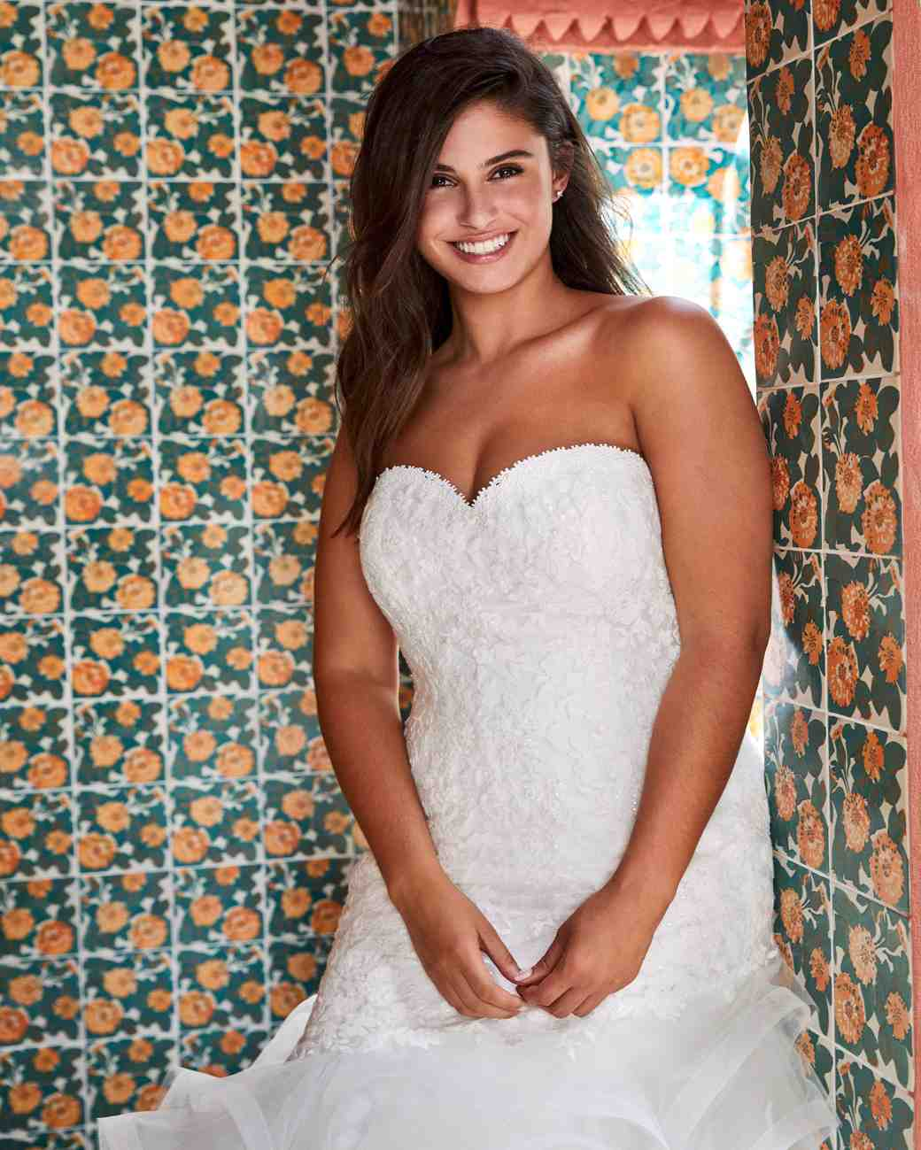 a320e09af681 Pronovias x Kleinfeld Fall 2019 Wedding Dress Collection