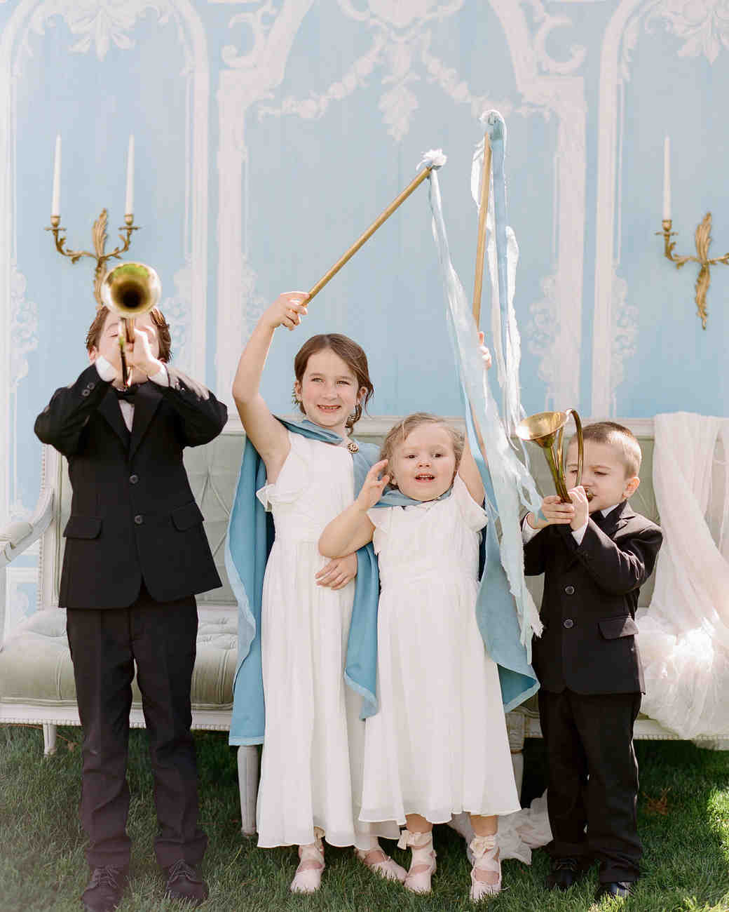 wedding kids playing