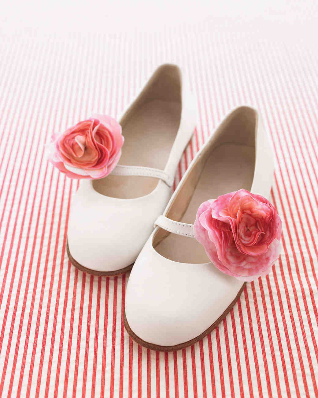 shoe-clip-full-bloom-flower-girl-su-10-0315.jpg