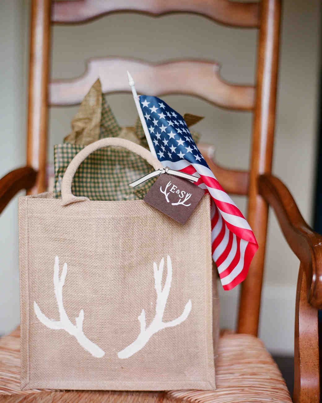 antler welcome bag