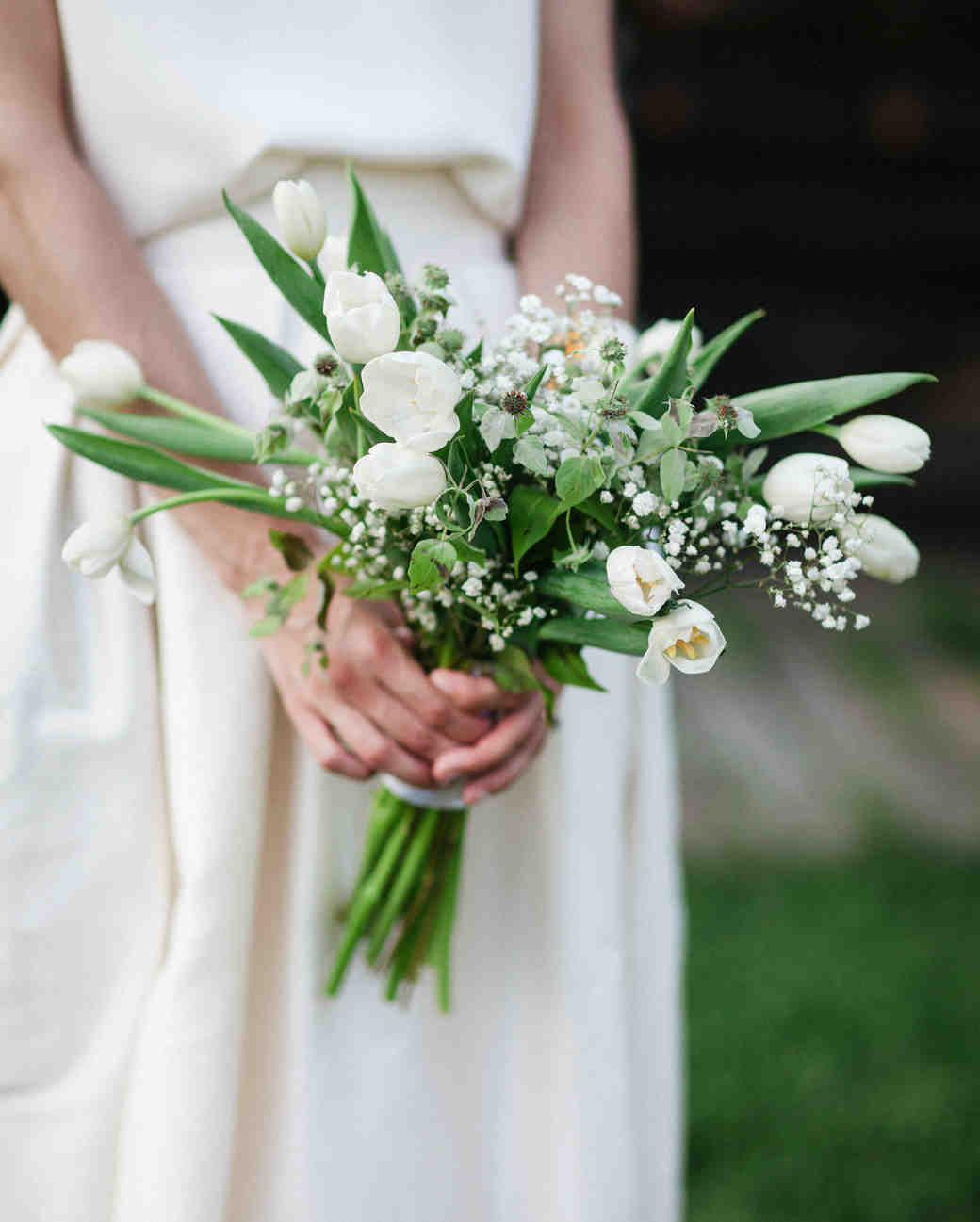 Ideas For Wedding Flowers: 21 Ideas For Your Tulip Wedding Bouquet