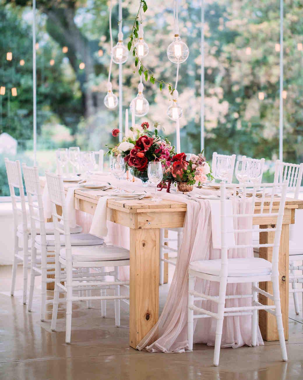 yolana douglas wedding reception table