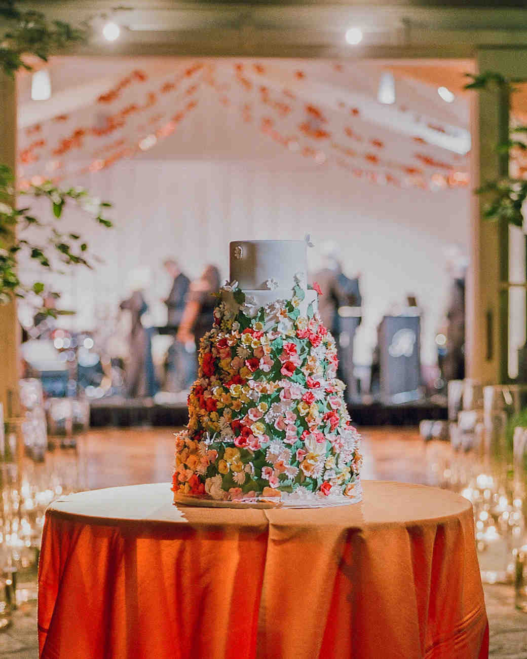 alessa andrew wedding cake