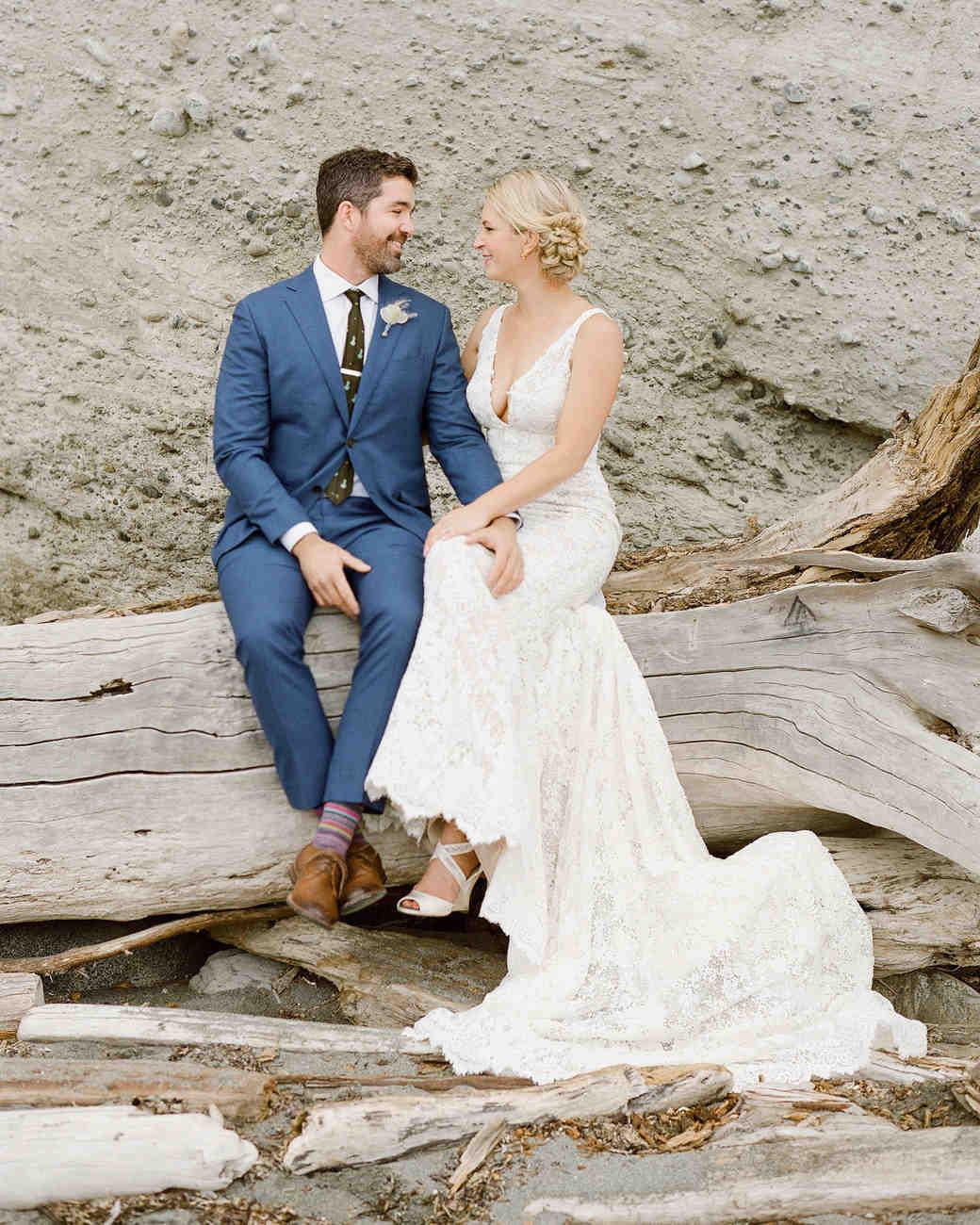 kaitlin dan wedding couple
