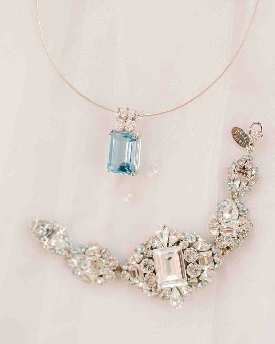 lizzy-bucky-wedding-jewelry-159-s111857-0315.jpg
