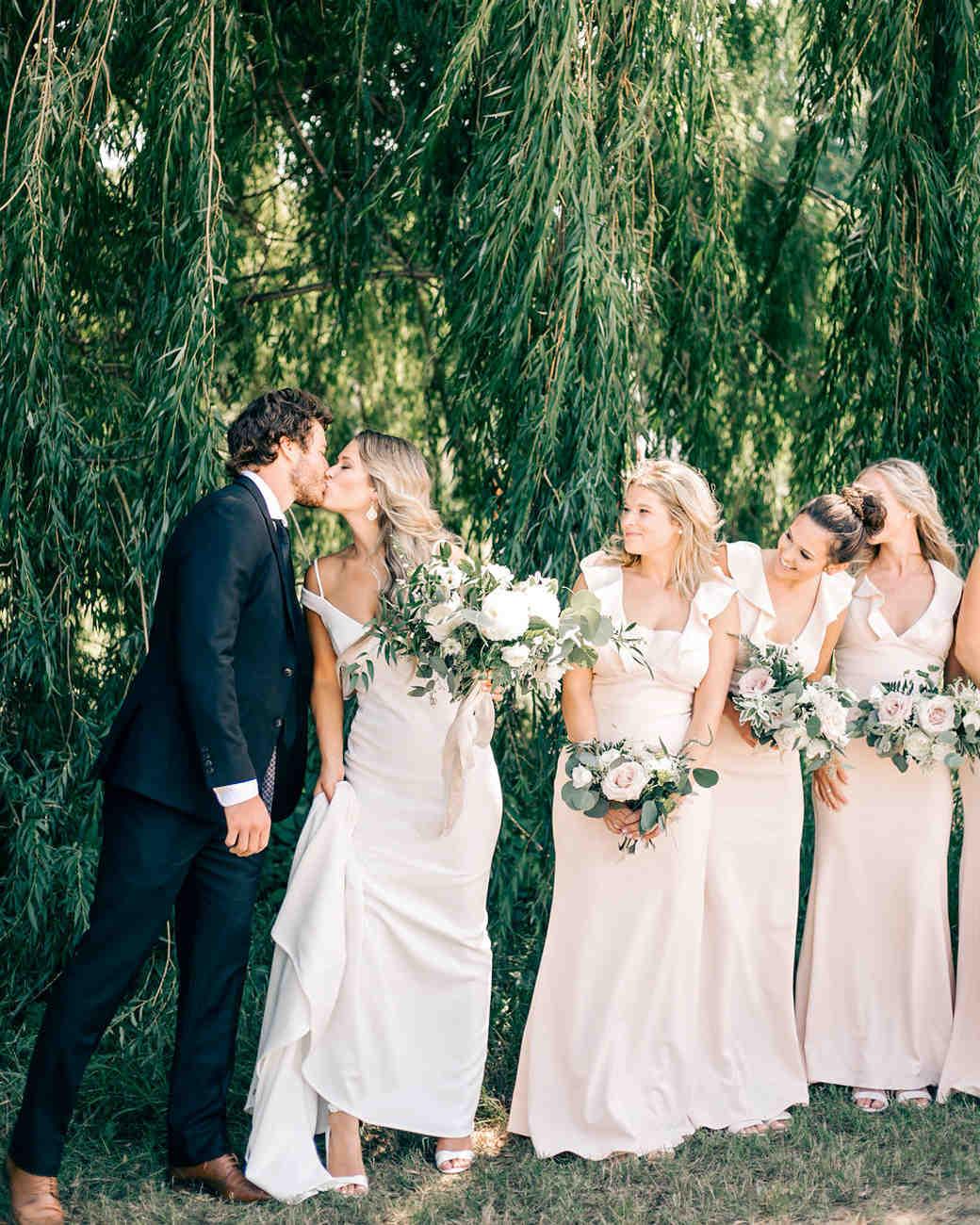 maggie zach wedding couple kiss