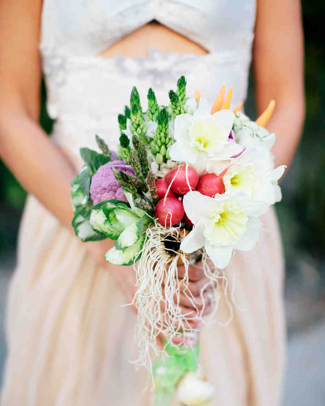 Ideas For Wedding Flowers: Unique Non-Floral Wedding Bouquet Ideas