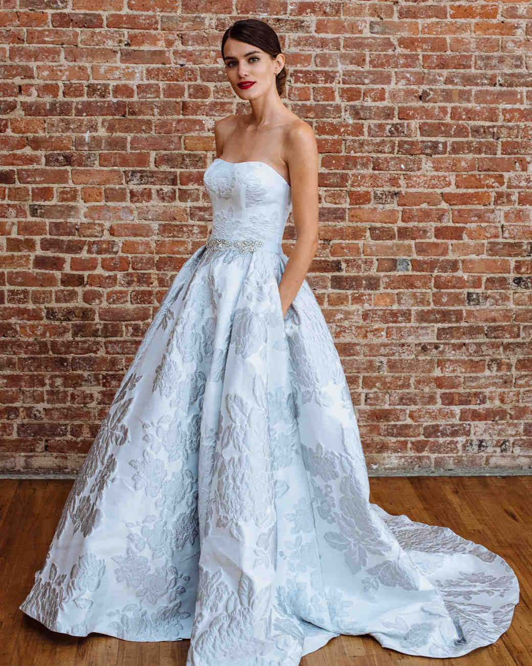 oleg cassini fall 2018 wedding dress