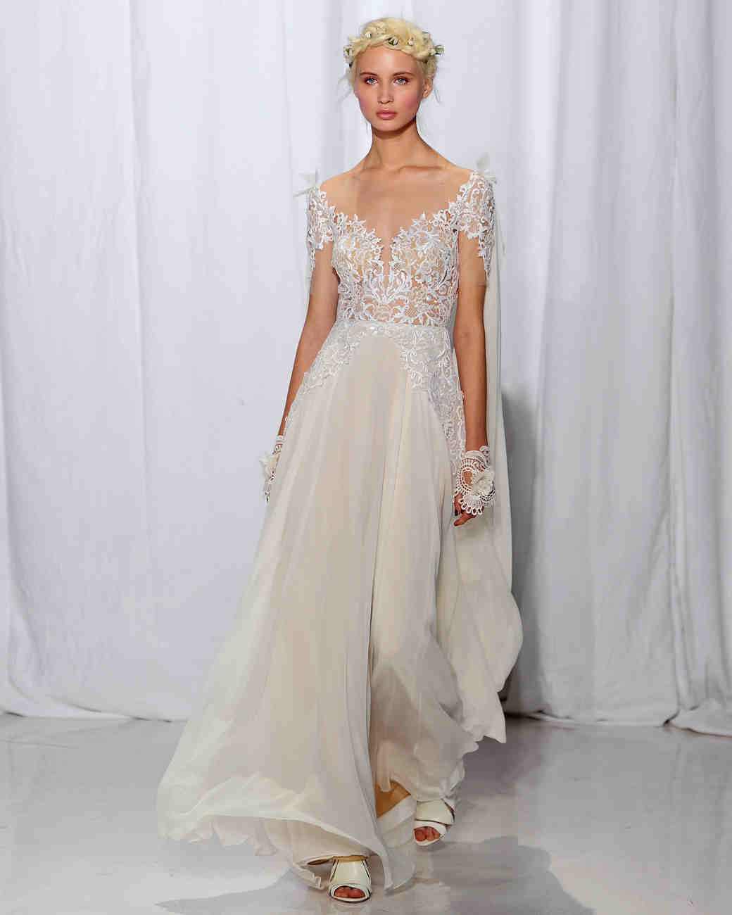 Reem acra fall 2017 wedding dress collection martha stewart weddings reem acra fall 2017 wedding dress collection junglespirit