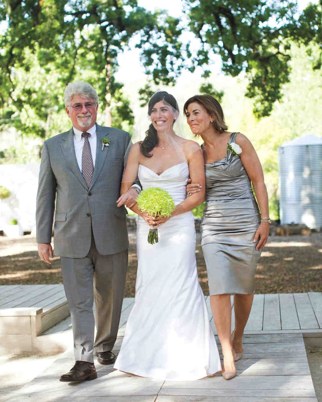 shoshana-jeremy-parents-0710-comp-mwds110421.jpg