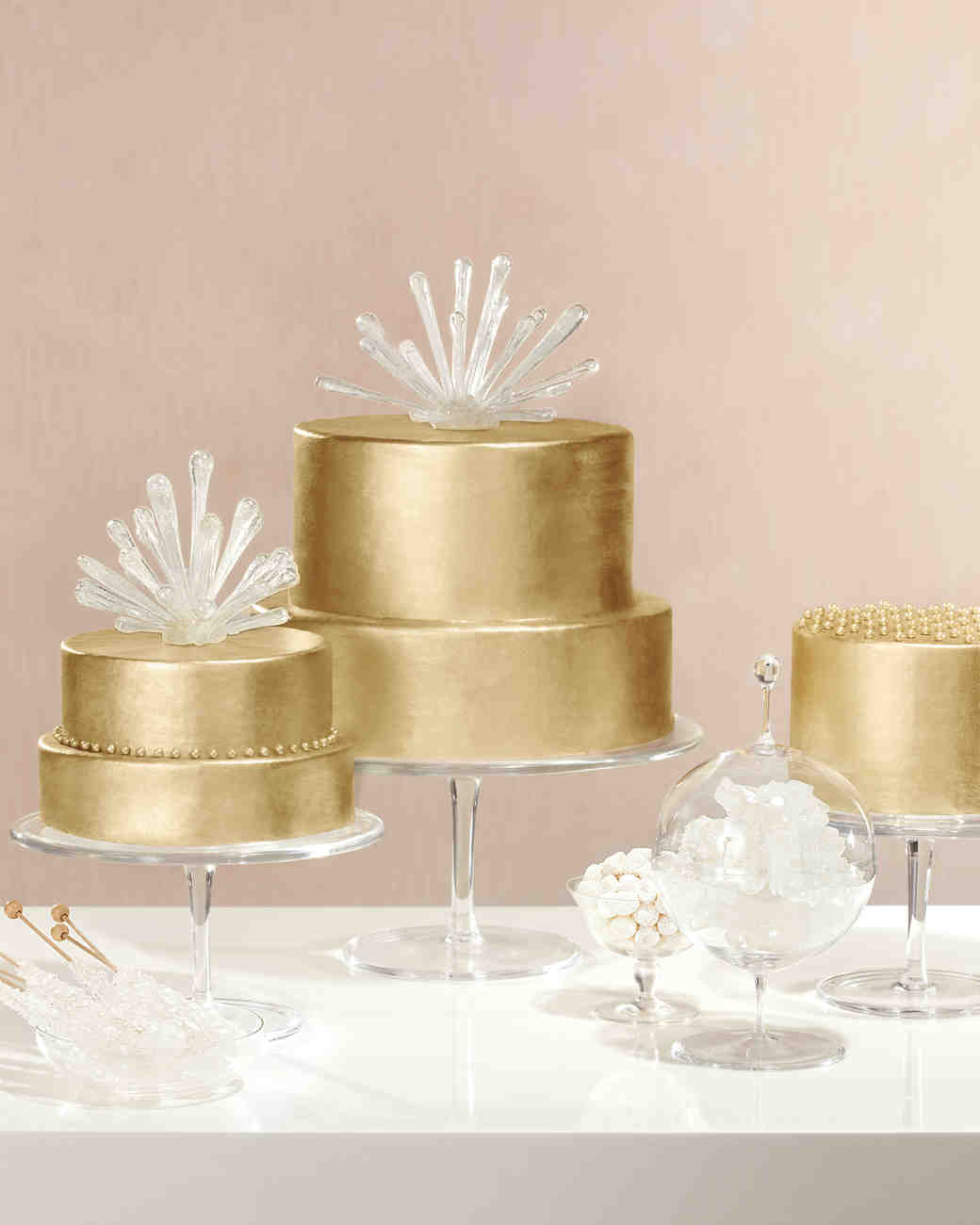 Gold Wedding Cake Decorations: Dazzling And Delicious: How To Add Sparkle To Your Cake