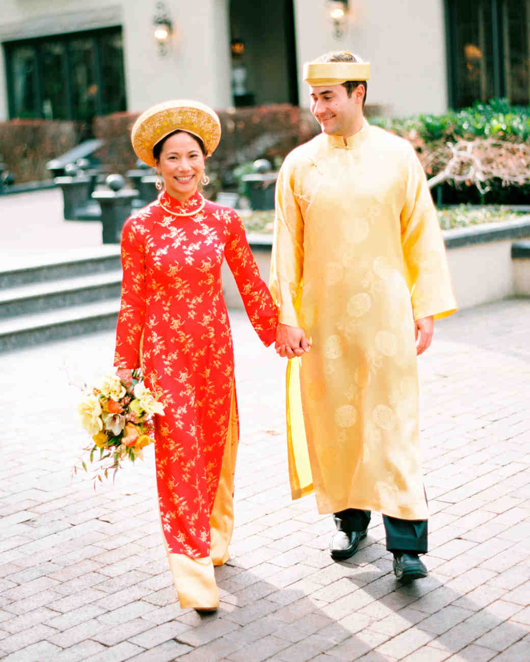Vietnamese Wedding Gown: Ally And Adam's Vietnamese Tea Ceremony And Backyard