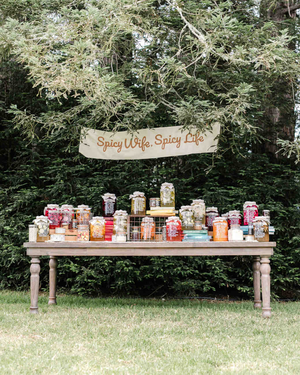 amanda chase wedding hot sauce seating chart on table