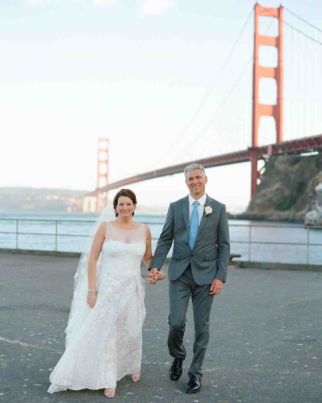 wedding couple portrait golden gate bridge
