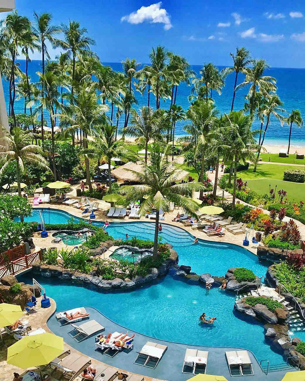 best resorts hawaii ritz carlton kapalua