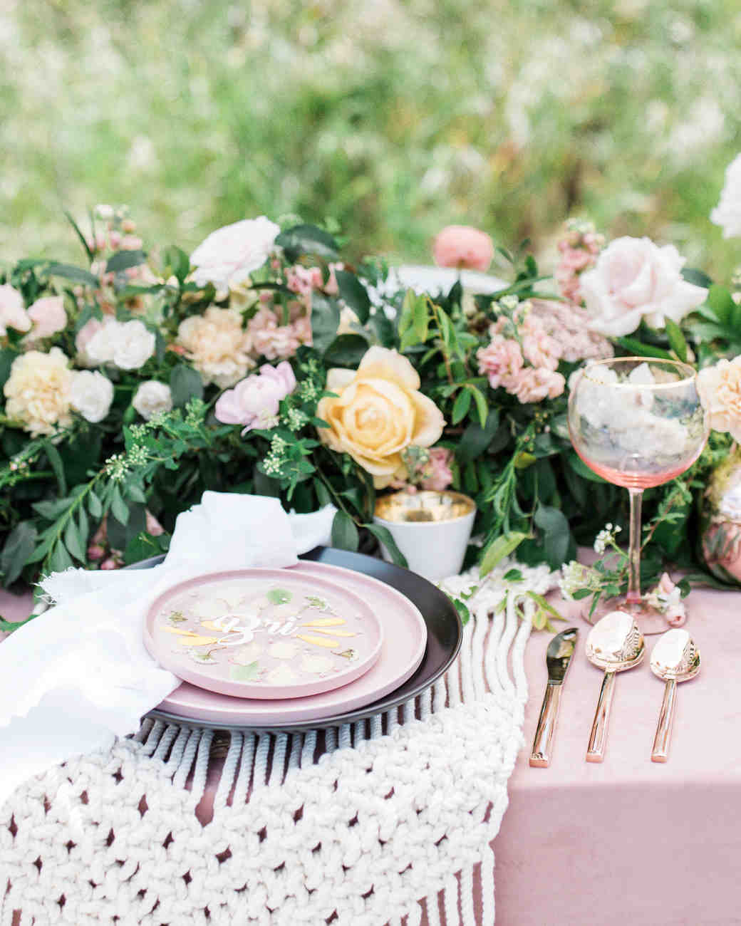 b12a1e7f100 25 Bridal Shower Centerpieces the Bride-to-Be Will Love