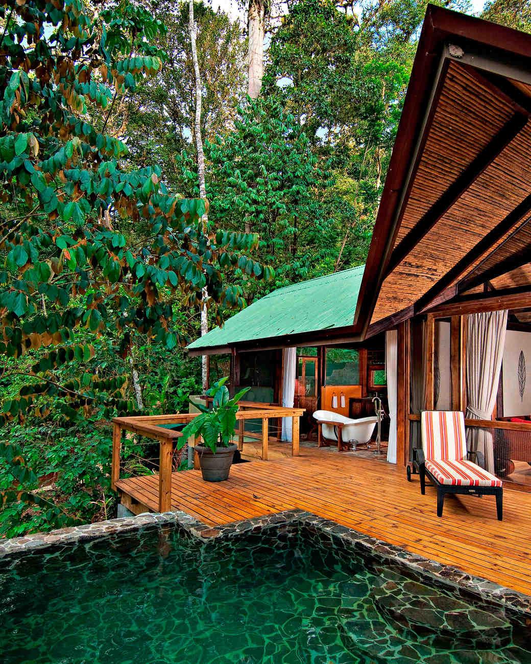 glamping-honeymoon-resorts-pacuare-lodge-0515.jpg