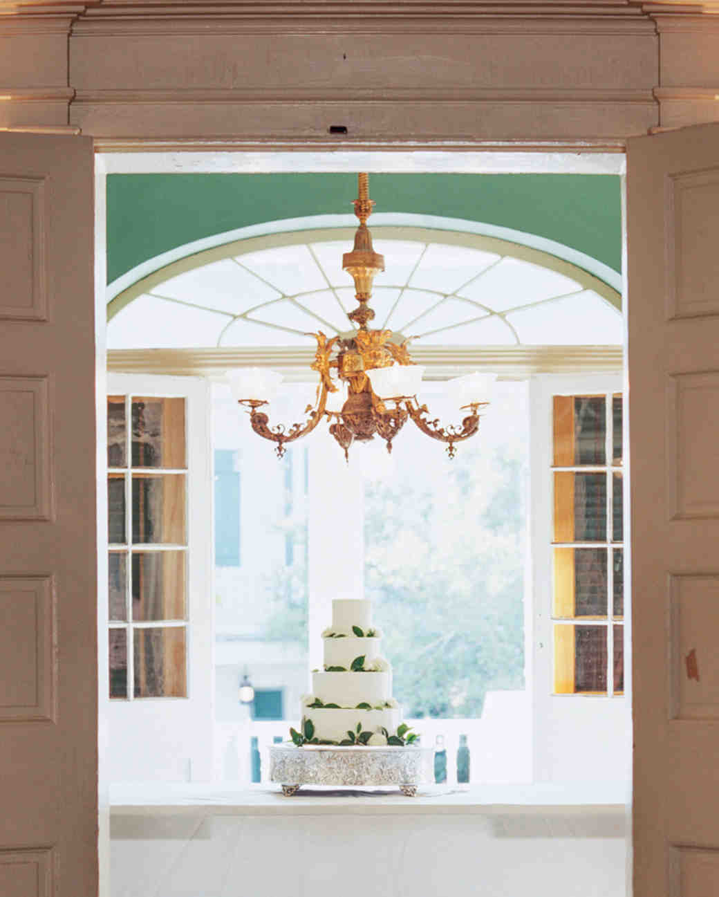 A Very Vintage Wedding In New Orleans Martha Stewart Weddings
