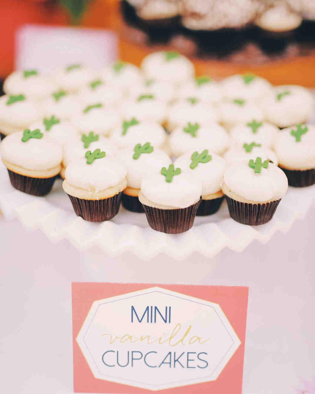 katie-brian-wedding-dessert-3828-s111885-0515.jpg