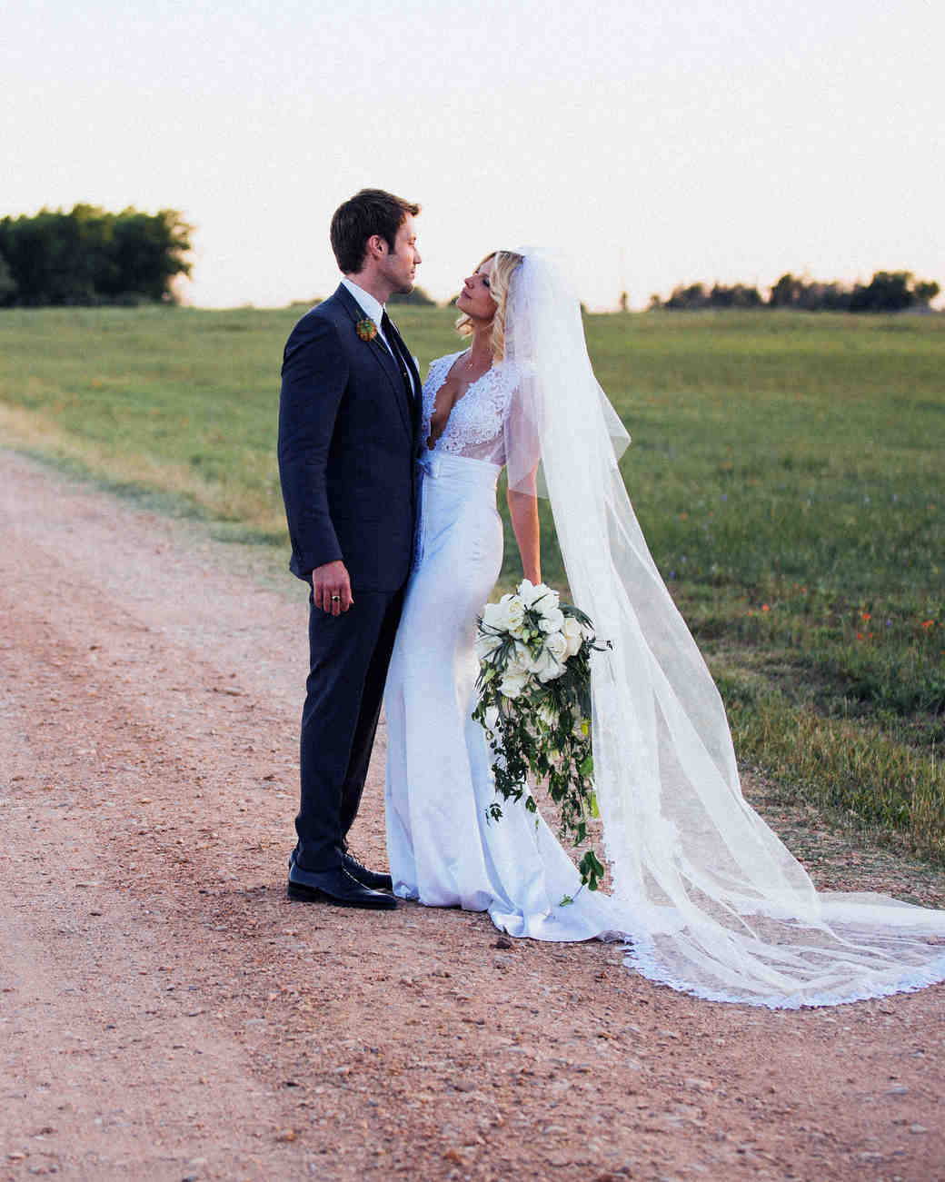 9bbc4b742fd Leah and Michael s Shabby Chic Wedding in Texas